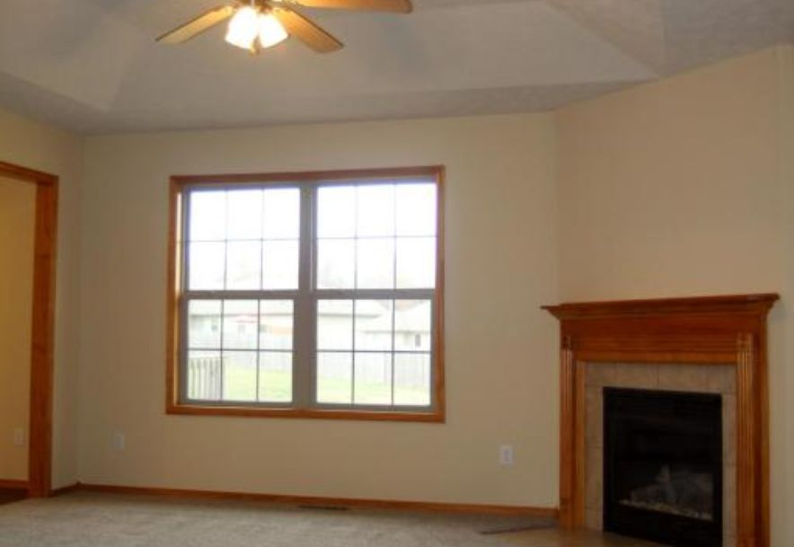 218 West Mazzy Drive Springfield, MO 65803 - Photo 7