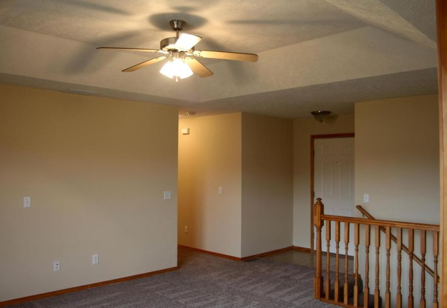 218 West Mazzy Drive Springfield, MO 65803 - Photo 8