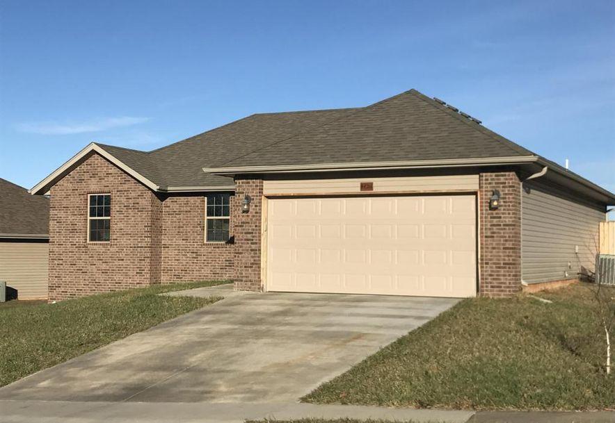 4404 North Katrina Avenue Springfield, MO 65803 - Photo 1