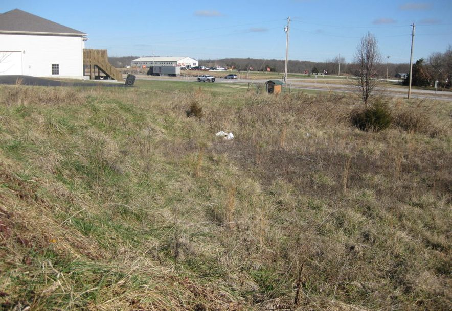 Lot 2 White Oak Subdivision Bolivar, MO 65613 - Photo 4