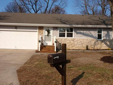819 East Guinevere Street Springfield, MO 65807 - Image 1