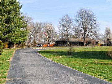 Photo of 1806 North Riverside Road