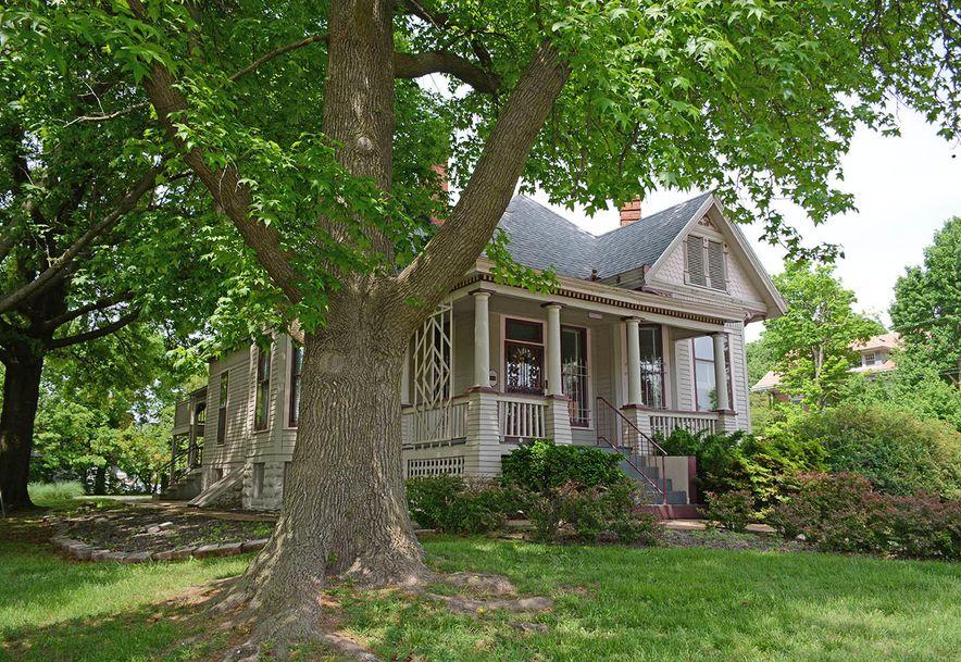 1159 East Walnut Street Springfield, MO 65806 - Photo 2