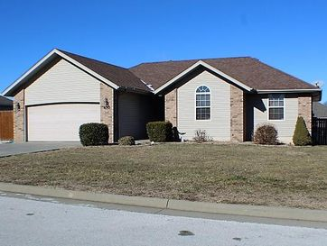 410 Choctaw Clever, MO 65631 - Image 1