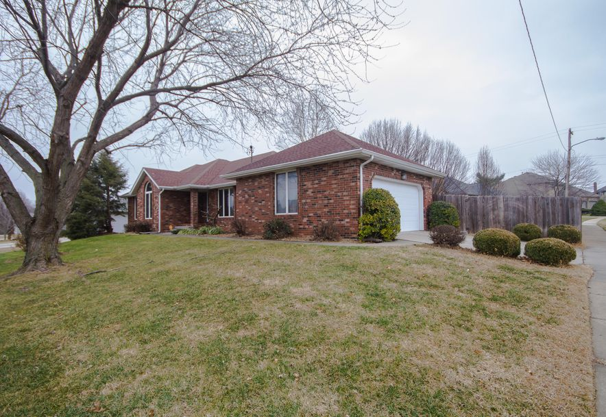 3900 North Farm Road 165 Springfield, MO 65803 - Photo 4