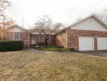 1044 West Meadowmere Street Springfield, MO 65807 - Image 1