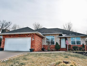 3434 West Erie Street Springfield, MO 65807 - Image 1