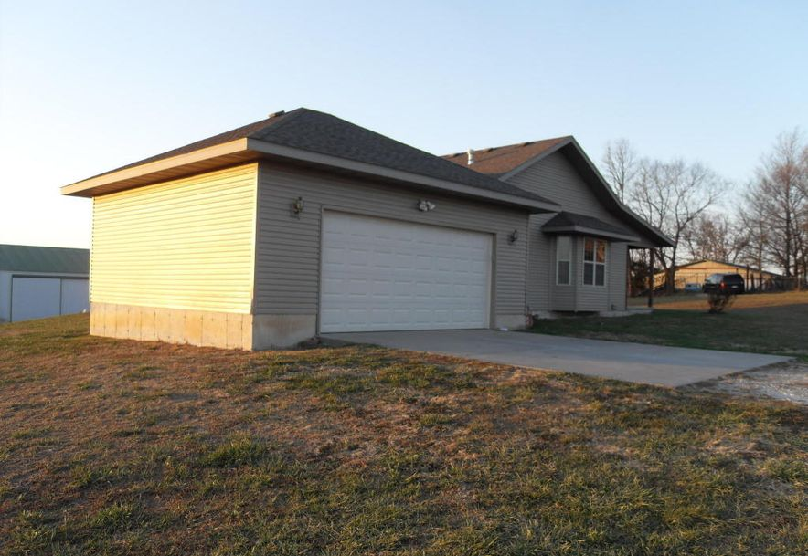 872 Mt Carmel Road Clever, MO 65631 - Photo 4