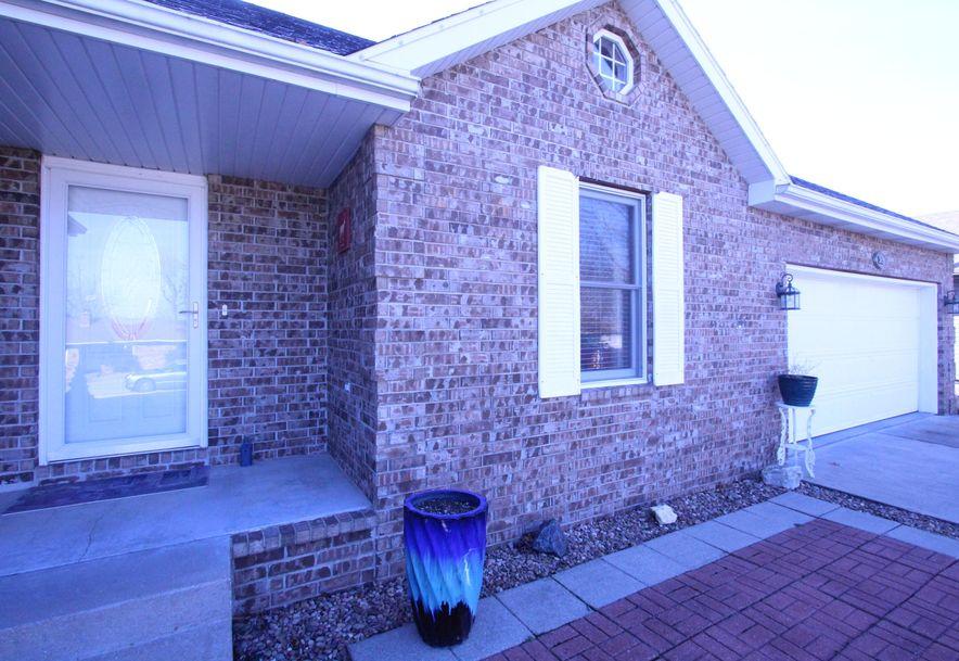 369 Tina Street Hollister, MO 65672 - Photo 3