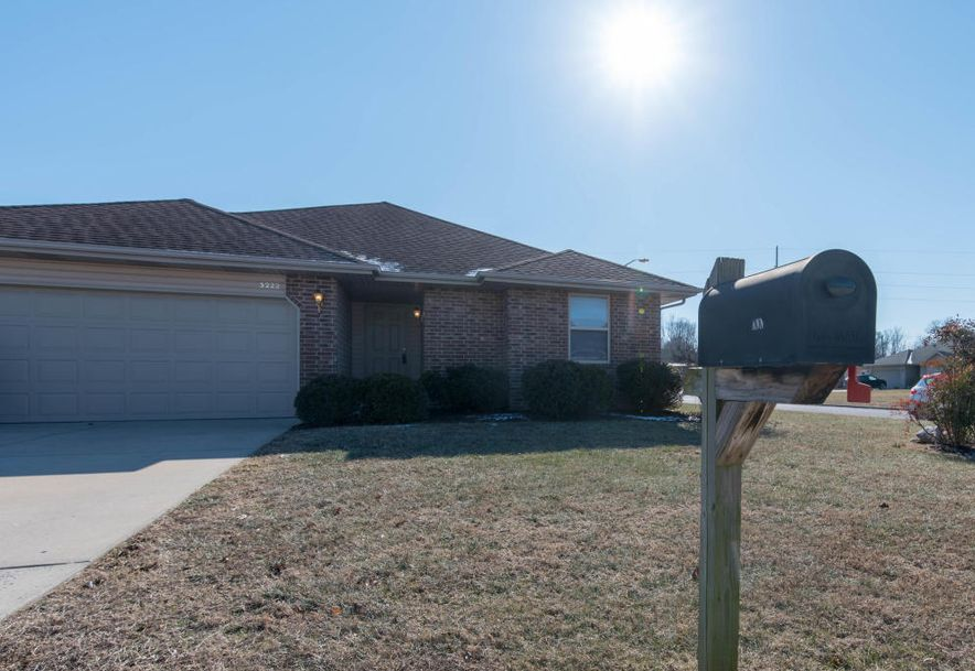 3222 West Scott Street Springfield, MO 65803 - Photo 2