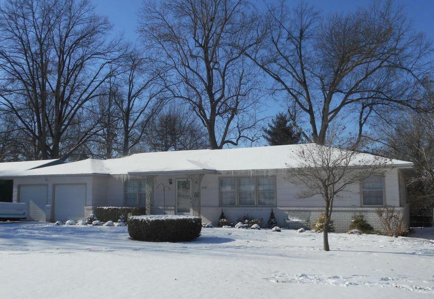 2649 South Hillsboro Avenue Springfield, MO 65804 - Photo 2