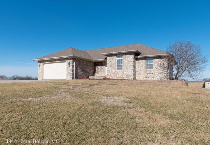 1415 East 424th Road Bolivar, MO 65613 - Photo 3