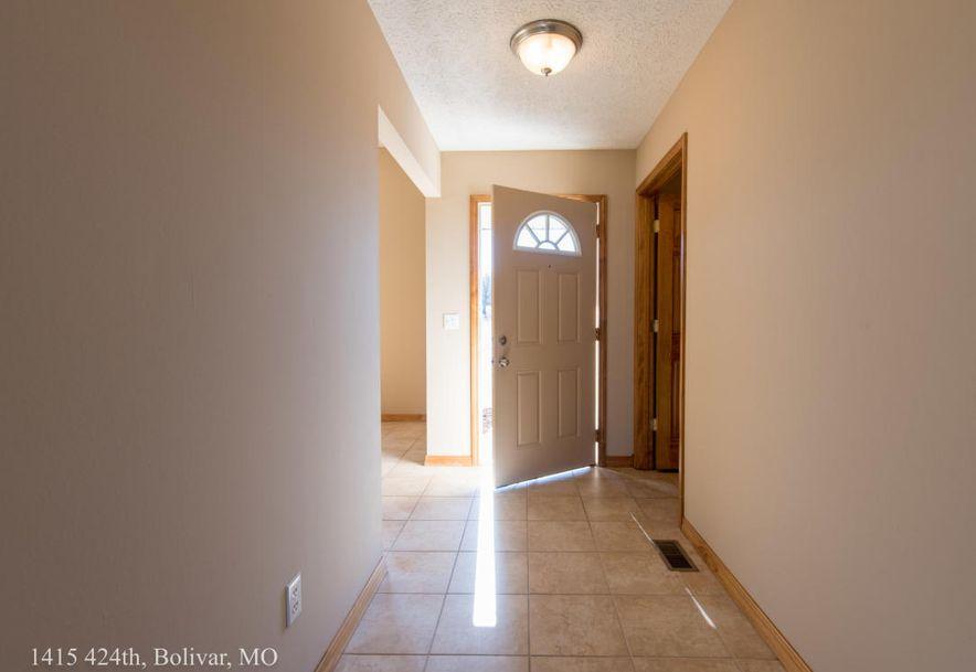1415 East 424th Road Bolivar, MO 65613 - Photo 6