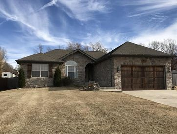1500 Spring Hills Street Marshfield, MO 65706 - Image 1