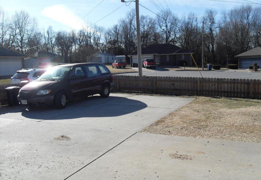1145 East Duemler Court Springfield, MO 65803 - Photo 4