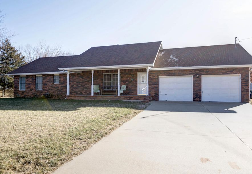 1930 West Sayer Drive Springfield, MO 65803 - Photo 2