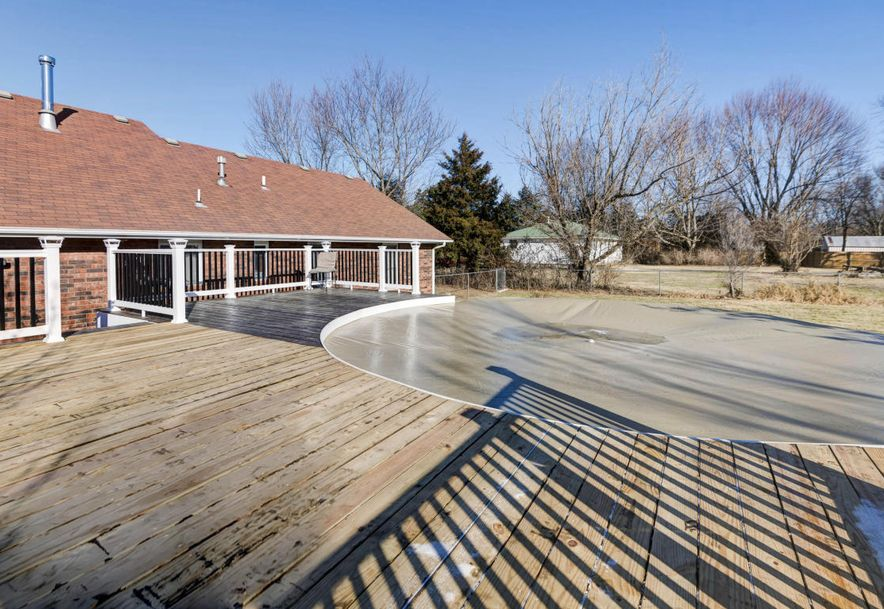 1930 West Sayer Drive Springfield, MO 65803 - Photo 19