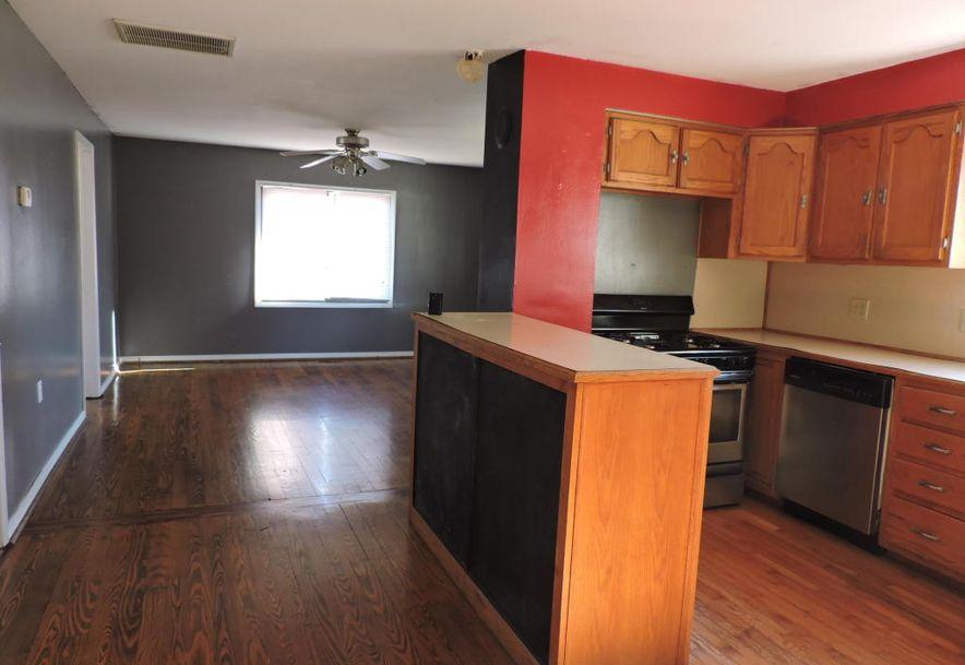 2525 North East Avenue Springfield, MO 65803 - Photo 9