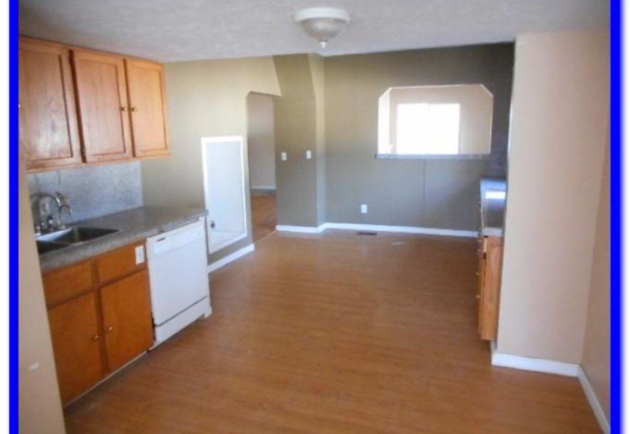 2030 North Rogers Avenue Springfield, MO 65803 - Photo 24