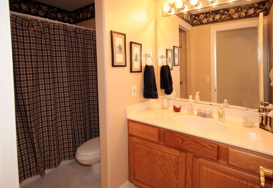 1007 Silvercrest Place Reeds Spring, MO 65737 - Photo 43