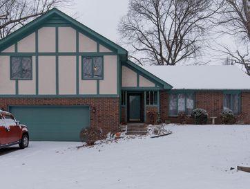 1525 South Oakmont Avenue Springfield, MO 65809 - Image 1