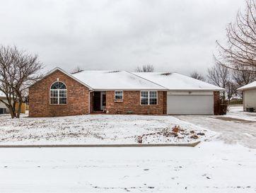 212 North Grand Prairie Drive Willard, MO 65781 - Image 1