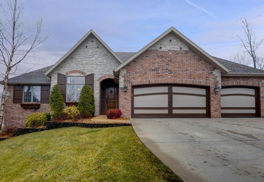 2915 East Chinkapin Lane Springfield, MO 65804 - Photo 1