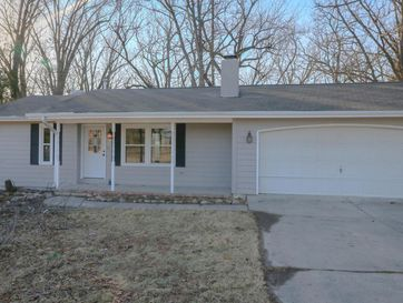 4841 South Roslyn Avenue Springfield, MO 65804 - Image 1