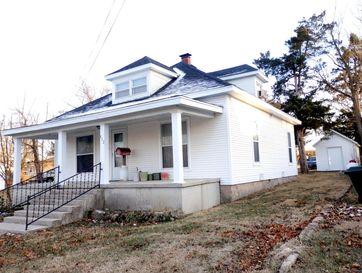 512 East Washington Street Marshfield, MO 65706 - Image 1