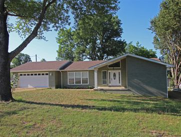 945 Parkview Drive Hollister, MO 65672 - Image 1