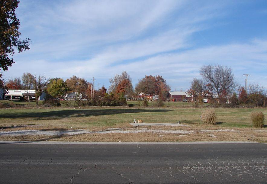 Tbd E. Hwy. 60 Monett, MO 65708 - Photo 1