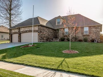 1369 South Miller Avenue Springfield, MO 65802 - Image 1