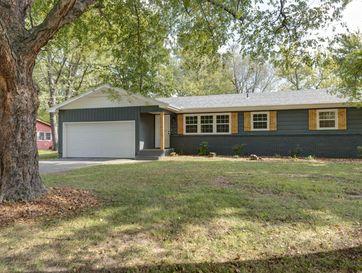 4536 South Jackson Avenue Springfield, MO 65804 - Image 1