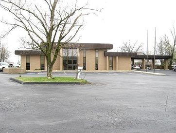 225 North Clay Street Marshfield, MO 65706 - Image 1