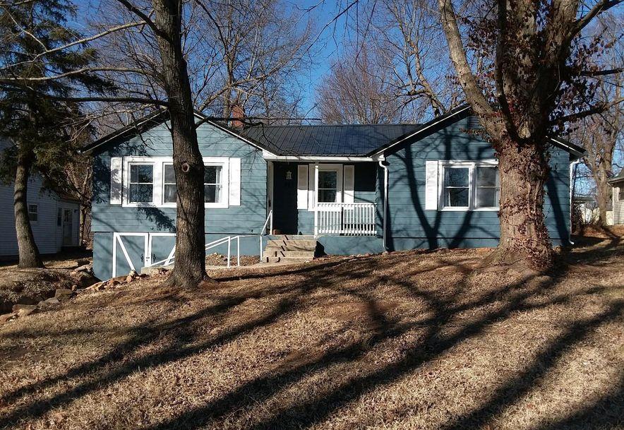 427 East Burford Street Marshfield, MO 65706 - Photo 1