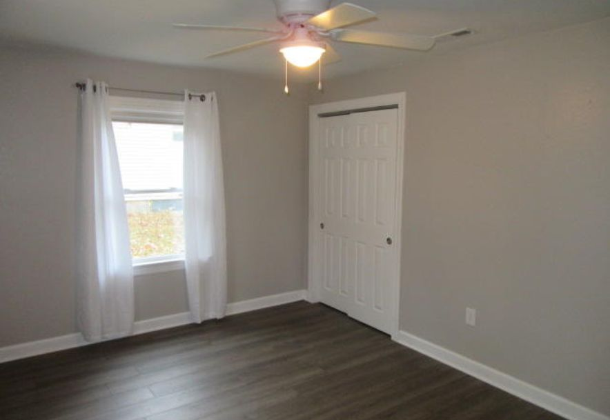 427 East Burford Street Marshfield, MO 65706 - Photo 36