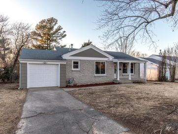 1047 South Market Avenue Springfield, MO 65807 - Image 1