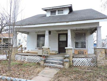 Photo of 1510 North Farmer Avenue