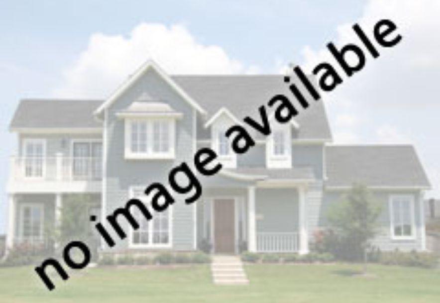 2252 South Oakbrook Avenue Springfield, MO 65809 - Photo 2