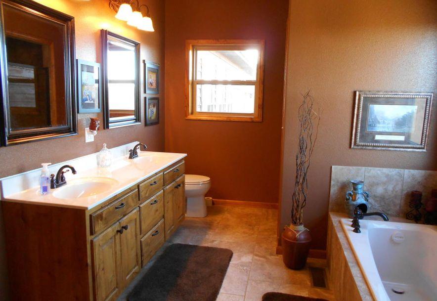 Rt 2 Box 2853 Seymour, MO 65746 - Photo 21