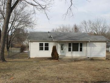 812 East Washington Avenue Ava, MO 65608 - Image 1