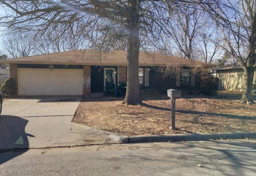 2221 South Nettleton Avenue Springfield, MO 65807 - Photo 2