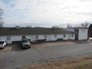 102 North 5th Street Branson, MO 65616 - Image 1