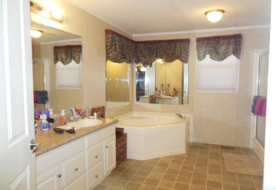 1830 County Road 5710 Willow Springs, MO 65793 - Photo 15