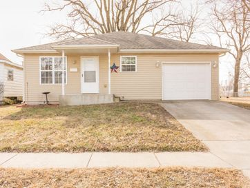 1130 West Chase Street Springfield, MO 65803 - Image 1