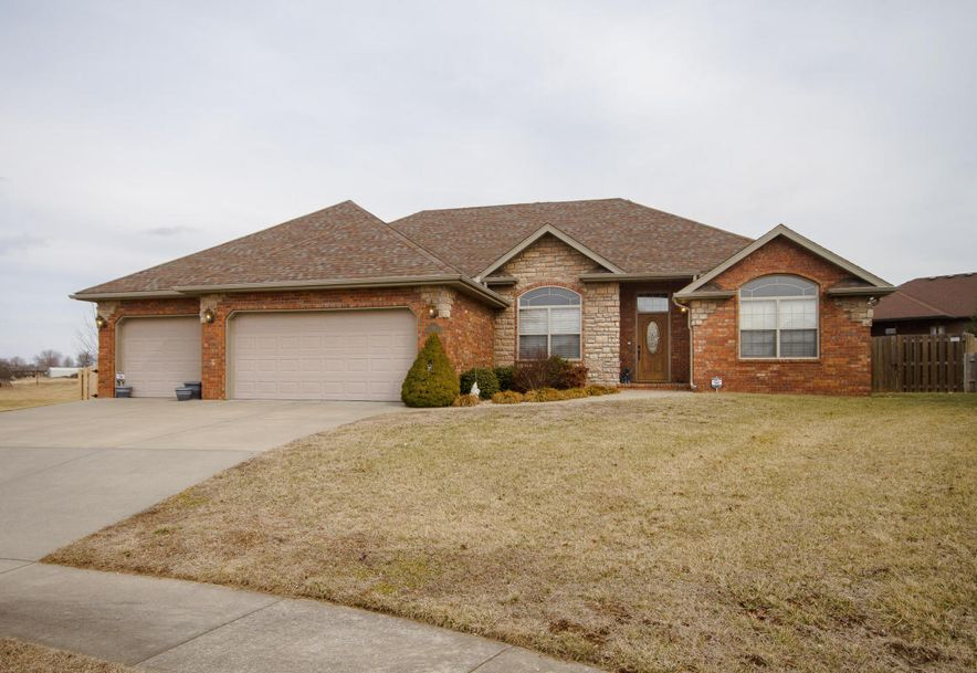 613 Meadowgate Drive Springfield, MO 65803 - Photo 1