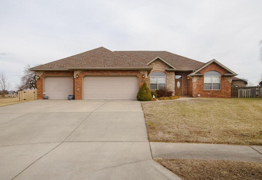 613 Meadowgate Drive Springfield, MO 65803 - Photo 2
