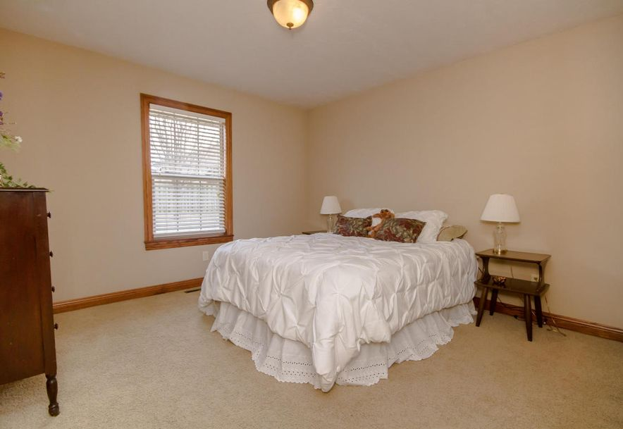 613 Meadowgate Drive Springfield, MO 65803 - Photo 22