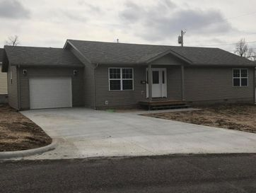 385 East County Street Monett, MO 65708 - Image 1