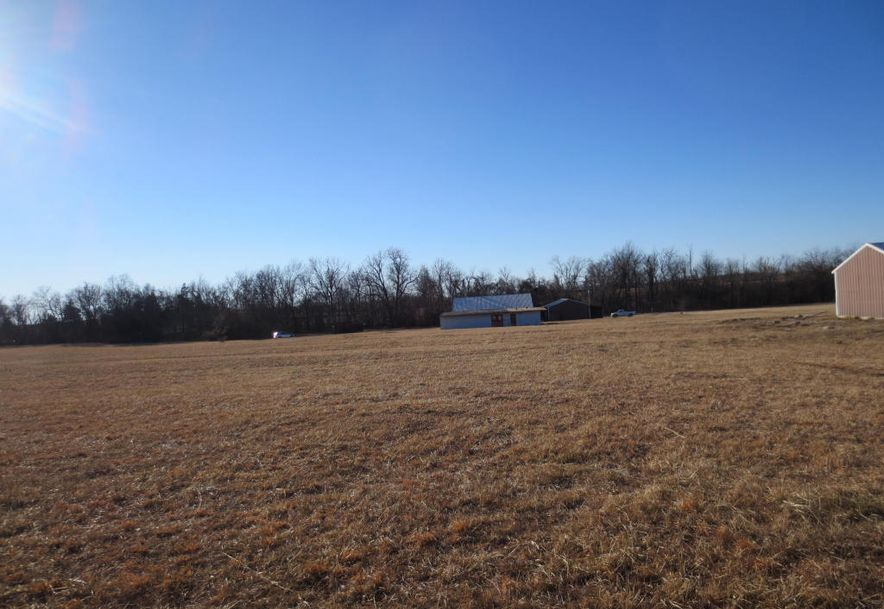 2950 West Broadway Avenue Bolivar, MO 65613 - Photo 6